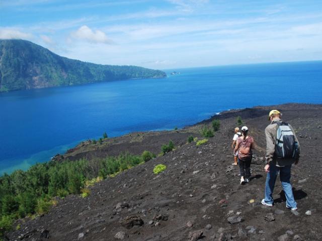 Krakatoa Volcano Tour