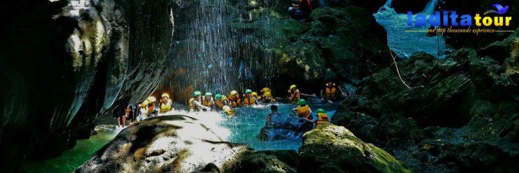 PAKET WISATA Green Canyon dari Jakarta