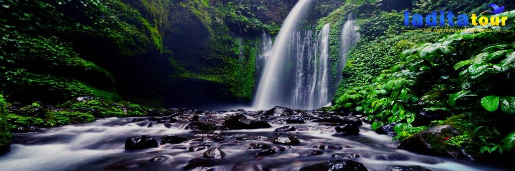 PAKET WISATA Lombok 3 Hari 2 Malam Senaru Waterfall
